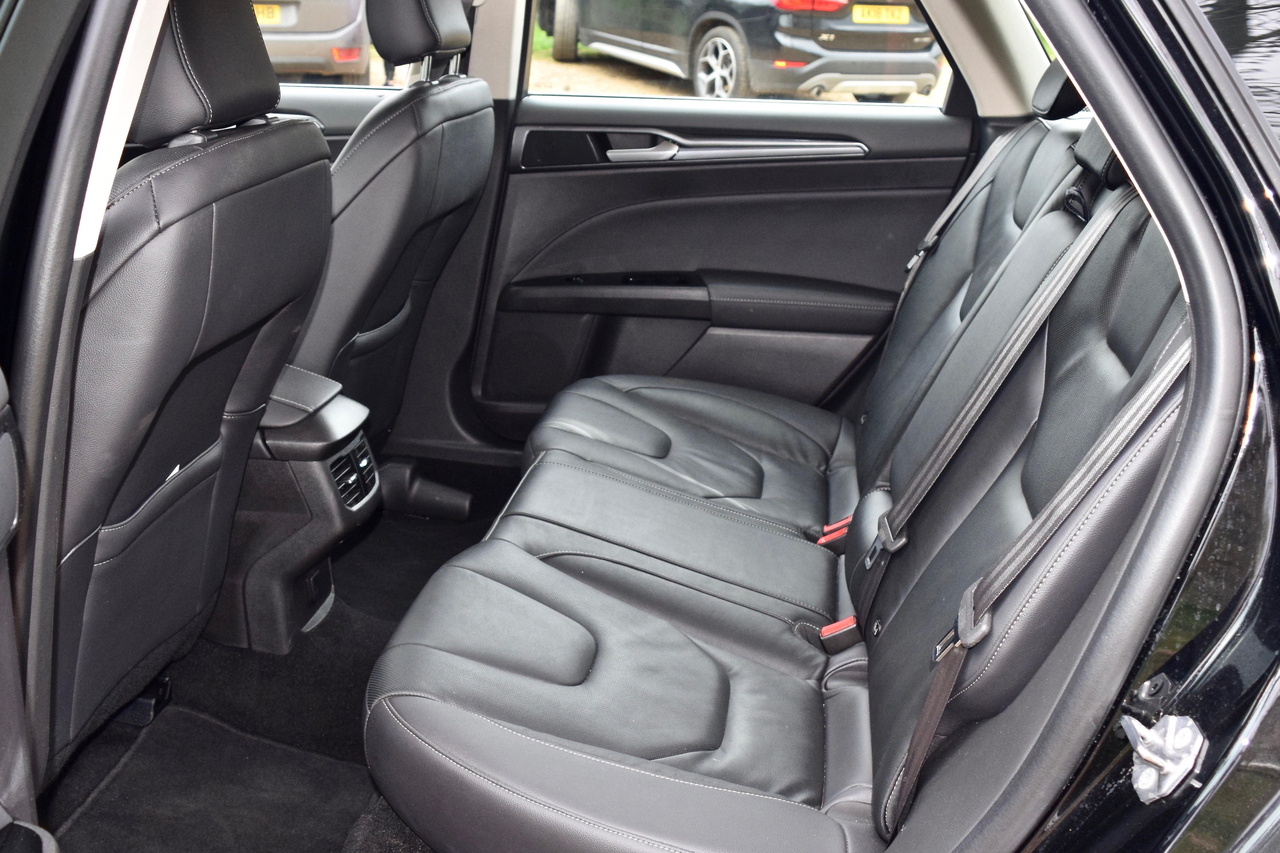 Back seats of the Ford Mondeo Hybrid